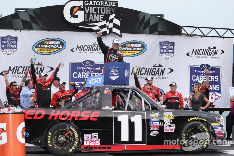 Race winner Brett Moffitt, Red Horse Racing Toyota