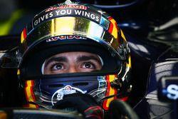 Carlos Sainz Jr. (Scuderia Toro Rosso STR11)