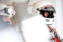 Член команды Porsche Team