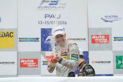 Podium: George Russell, HitechGP Dallara F312 – Mercedes-Benz