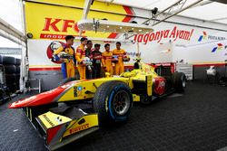 Philo Paz Armand, Trident; Antonio Giovinazzi, PREMA Racing; Mitch Evans, Pertamina Campos Racing an