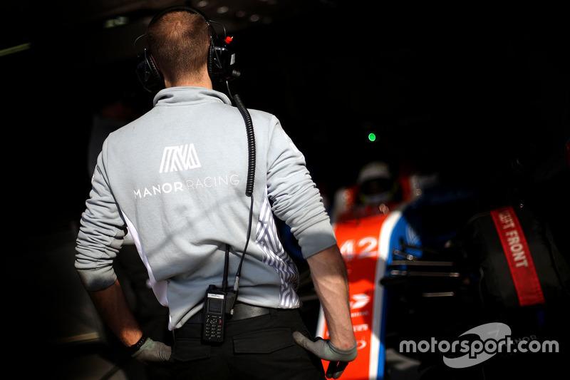 Manor Racing, Garage