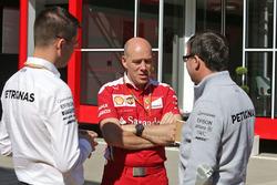 Jock Clear, Ferrari Technischer Direktor mit Mercedes-Ingenieuren