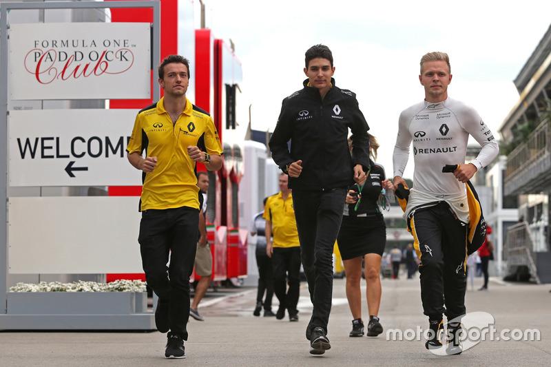 Jolyon Palmer, Renault Sport F1 Team; Esteban Ocon,  Renault Sport F1 Team; Kevin Magnussen, Renault Sport F1 Team