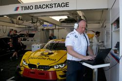 Engineer of Timo Glock, BMW Team RMG, BMW M4 DTM