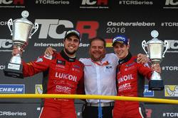 Ganador Pepe Oriola, SEAT Leon, Craft Bamboo Racing LUKOIL, tercer lugar James Nash, Seat Leon Team
