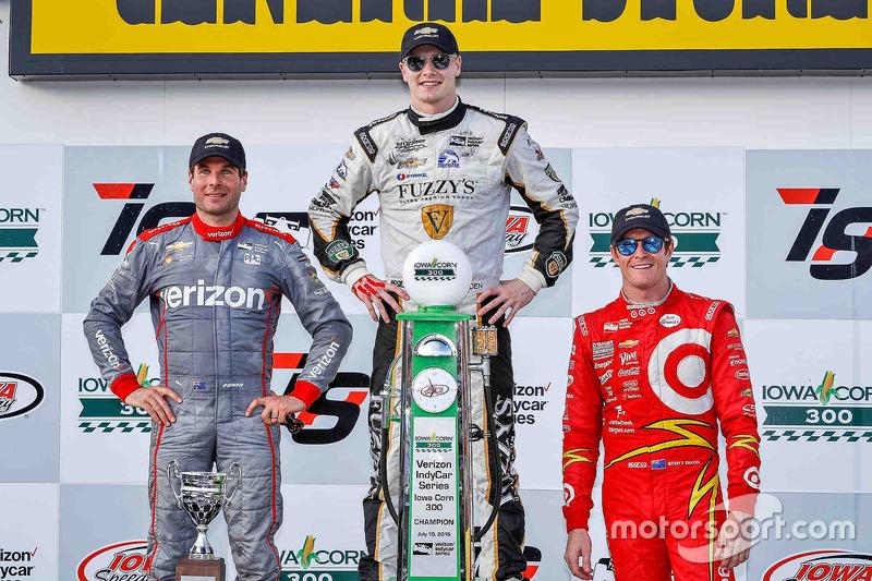 Подіум: перемоець Джозеф Ньюгарден, Ed Carpenter Racing Chevrolet, друге місце - Вілл Пауер, Team P