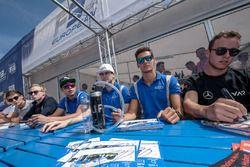 Autograph session, Alessio Lorandi, Carlin Dallara F312 - Volkswagen