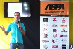 Felipe Giaffone lança ABPA