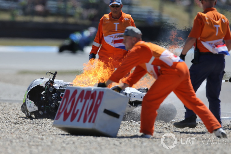 The bike of Alvaro Bautista, Angel Nieto Team on fire