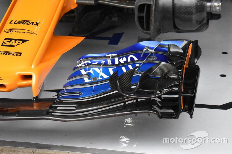 McLaren MCL33 front wing