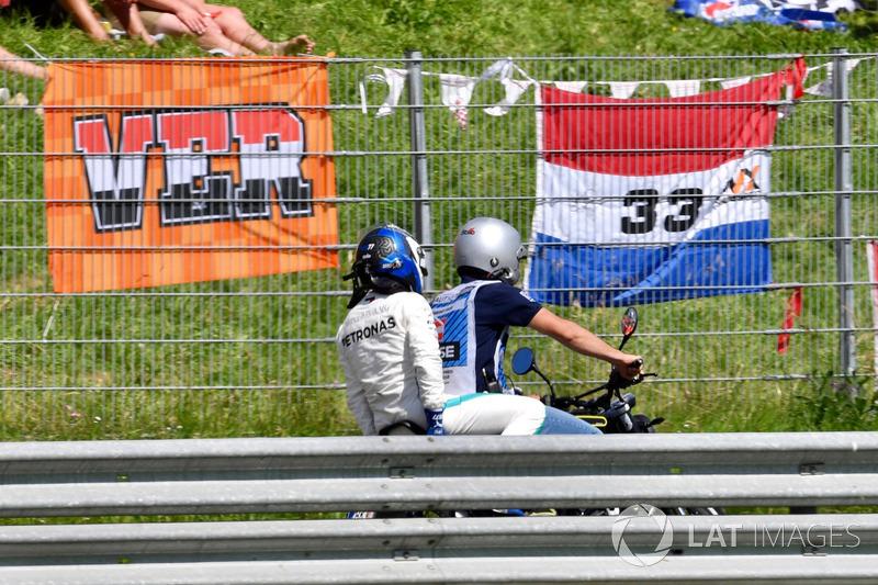 Valtteri Bottas não vem tendo a temporada dos sonhos em 2018 - muito porque enfrentou contratempos distintos nas primeiras corridas do ano.