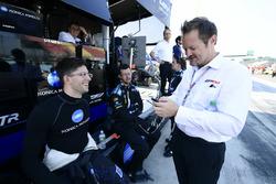 #10 Wayne Taylor Racing Cadillac DPi, P: Jordan Taylor and Race Director Beaux Barfield