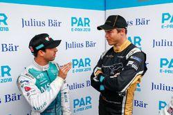 Antonio Felix da Costa, Andretti Formula E Team, talks to Andre Lotterer, Techeetah, en la pluma de los mediosn
