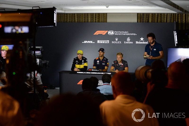 Nico Hulkenberg, Renault Sport F1 Team, Daniel Ricciardo, Red Bull Racing and Kevin Magnussen, Haas F1 in the Press Conference