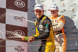Podio: ganador de la carrera Christian Lundgaard, MP Motorsport