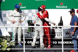 Podium: winner Sebastian Vettel, Ferrari, second place Valtteri Bottas, Mercedes AMG F1, Rubens Barrichello, celebrate on the podium with Felipe Massa, Williams