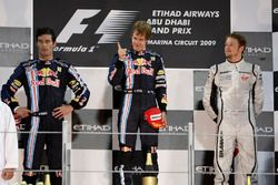Podyum: 2. Mark Webber, Red Bull Racing, Yarış galibi Sebastian Vettel, Red Bull Racing, 3. Jenson Button, Brawn GP