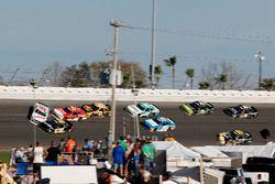 Incidente, Cole Custer, Stewart-Haas Racing con Biagi-Denbeste Racing Ford Mustang, Jeff Green, RSS
