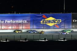 Matt DiBenedetto, GO FAS Racing Ford Fusion, Kyle Larson, Chip Ganassi Racing Chevrolet Camaro, Erik