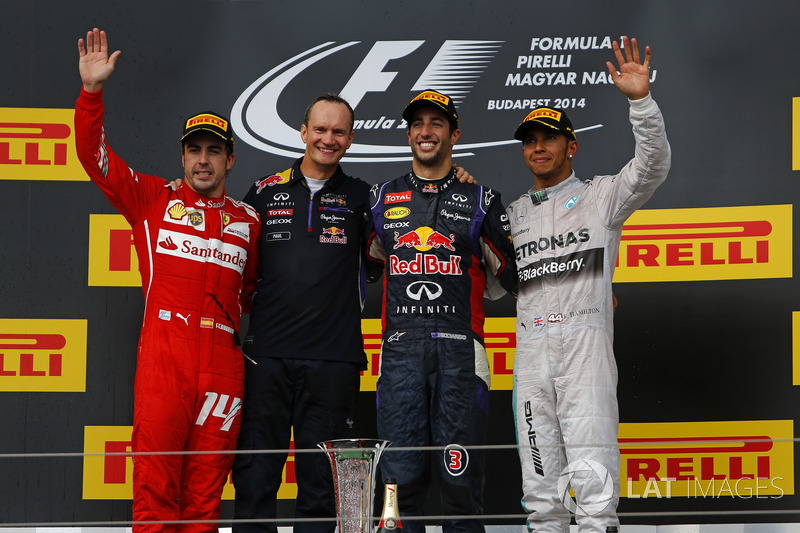 Podio: Fernando Alonso, Ferrari, Paul Monaghan, Red Bull Racing, Daniel Ricciardo, Red Bull Racing, Lewis Hamilton, Mercedes AMG F1