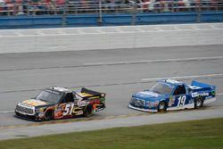 Myatt Snider, Kyle Busch Motorsports Toyota, Austin Cindric, Brad Keselowski Racing Ford