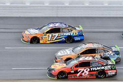 Ricky Stenhouse Jr., Roush Fenway Racing Ford, Martin Truex Jr., Furniture Row Racing Toyota, Kevin