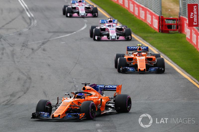 Fernando Alonso, McLaren MCL33 Renault, leads Stoffel Vandoorne, McLaren MCL33 Renault, Sergio Perez, Force India VJM11 Mercedes, Esteban Ocon, Force India VJM11 Mercedes