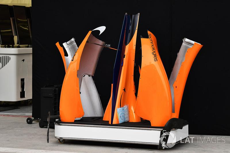 Bodywork McLaren MCL33