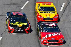 Kurt Busch, Stewart-Haas Racing, Ford Fusion Haas Automation/Monster Energy and Martin Truex Jr., Furniture Row Racing, Toyota Camry 5-hour ENERGY/Bass Pro Shops