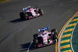 Sergio Perez, Force India VJM11 Mercedes, voor Esteban Ocon, Force India VJM11 Mercedes