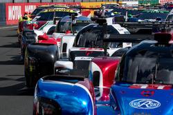 صورة جماعية للسيارات