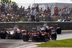 Тимо Глок, Toyota TF108, Ярно Трулли, Toyota TF108, Фелипе Масса, Ferrari F2008