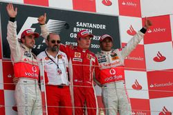 Podium: second place Fernando Alonso, McLaren, Gilles Simon, Ferrari Engine Department, Race winner Kimi Raikkonen, Ferrari, third place Lewis Hamilton, McLaren