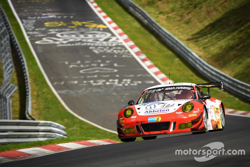3. #31 Frikadelli Racing Team Porsche 991 GT3R: Mathieu Jeminet, Marco Seefried, Laser Felipe Fernández, Matt Campbell
