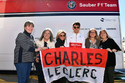 Charles Leclerc, Alfa Romeo Sauber F1 Team with his fans