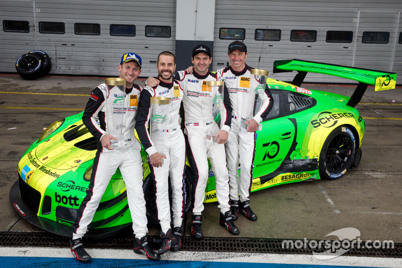 24 horas de Nürburgring: Richard Litz, Patrick Pile, Frederick Makovetsky, Nick Tandy, Manthey Racing, Porsche 911 GT3 R