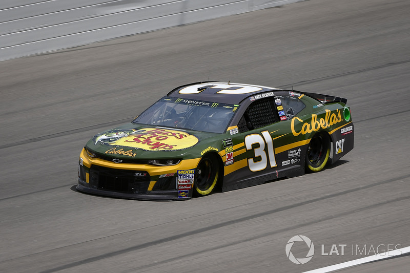 15. Ryan Newman, Richard Childress Racing, Chevrolet Camaro Bass Pro Shops / Cabela's