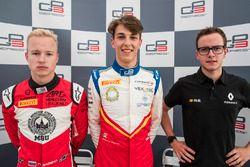 Nikita Mazepin, ART Grand Prix; el poleman Leonardo Pulcini, Campos Racing y Anthoine Hubert, ART Grand Prix