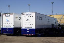 Les camions du Carlin Racing