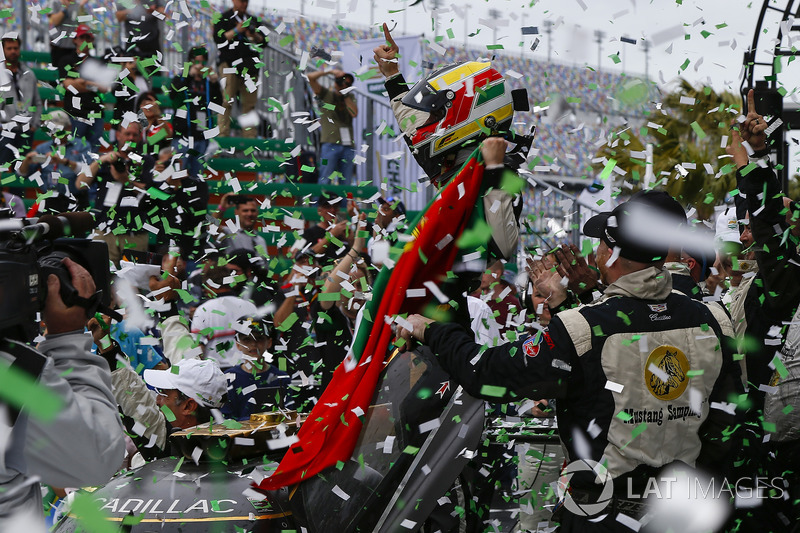 #5 Action Express Racing Cadillac DPi, P: Joao Barbosa, Christian Fittipaldi, Filipe Albuquerque, Celebrate the Rolex 24 Win