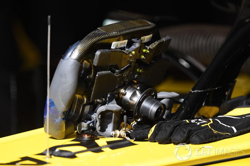 Renault Sport F1 Team R.S. 18 steering wheel detail