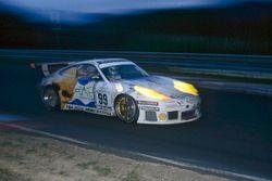 #99 Phoenix Racing Porsche 911 GT3-R: Bernd Mayländer, Michael Bartels, Uwe Alzen, Altfrid Heger