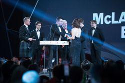 Eric Boullier, Racing Director, McLaren, presents the McLaren Autosport BRC Award to Dan Ticktum