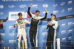 Podium: Wereldkampioen Thed Björk, Polestar Cyan Racing, Volvo S60 Polestar TC1