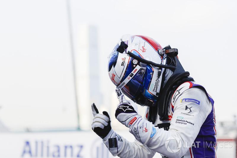 Ganador de la carrera Sam Bird, DS Virgin Racing