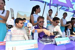 Jerome D'Ambrosio, Dragon Racing, Sam Bird, DS Virgin Racing, Alex Lynn, DS Virgin Racing, imza dağı