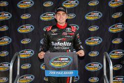 Noah Gragson, Kyle Busch Motorsports, Toyota Tundra Safelite AutoGlass pole award
