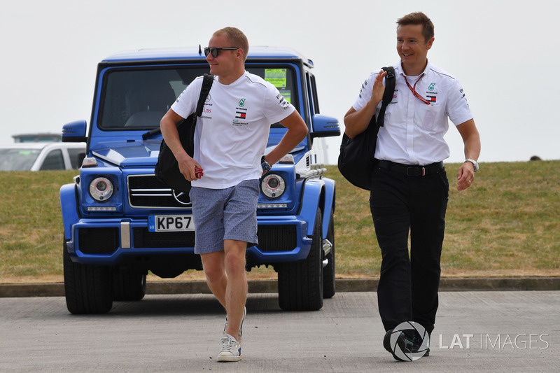 Valtteri Bottas, Mercedes-AMG F1 with his trainer Antti Vierula