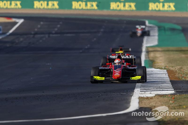 Quant à Hubert, en terminant la course juste devant Ilott, il a grappillé deux points d'avance supplémentaires au championnat !
